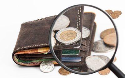 Le portefeuille est-il démodé? Les conseils pour voyager plus léger.