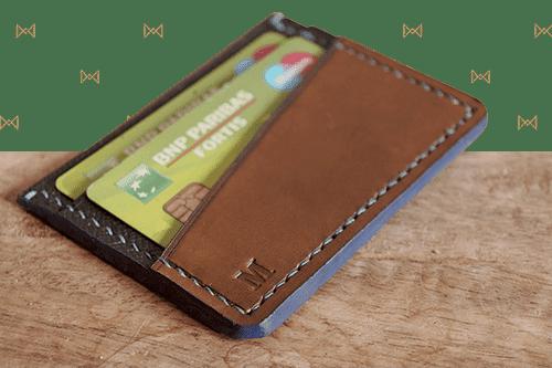 Porte-cartes en cuir cousu-main en Belgique