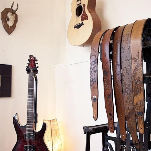Masoni Maroquinerie sangles de guitare en cuir customisable