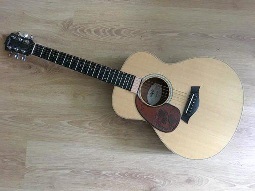 Pickguard en cuir pour guitare acoustique personnalisable