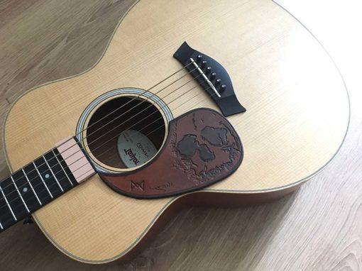Pickguard en cuir pour guitare accoustique customisable