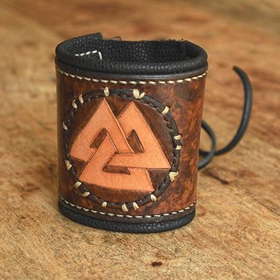 Bracelet en cuir viking